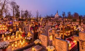 Kup ubezpieczenie na życie po 60 roku życia zanim znajdziesz się na cmentarzu