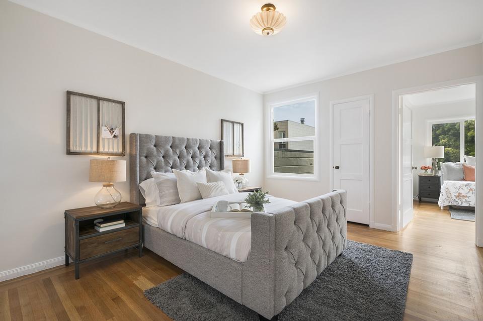 na ile ubezpieczyc mieszkanie sypialnia - Na ile ubezpieczyć mieszkanie?