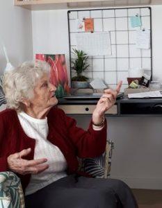 ubezpieczenie na zycie dla seniorow 233x300 - Ubezpieczenie na życie po 60 roku życia